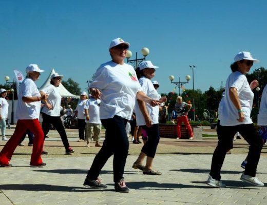 Программа «Московское долголетие» помогает пенсионерам заняться спортом. Фото: архив
