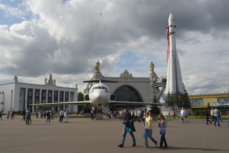 Гостями Всемирной недели космоса на ВДНХ стали около 100 тыс человек. Фото: архив
