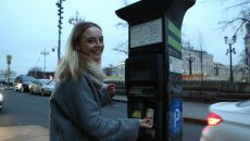 Водителям в Москве помогут разобраться в новых правилах парковки. Фото: архив